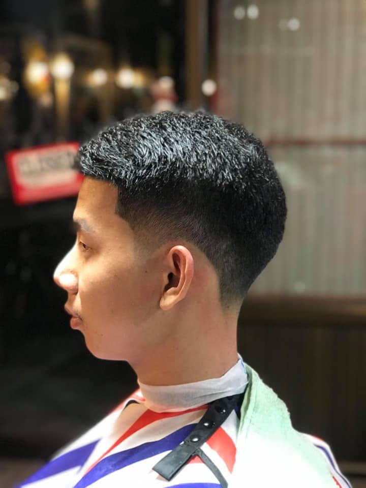 Hunter Barber