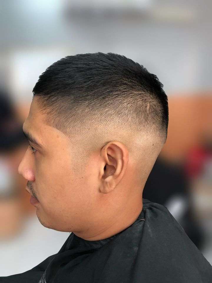 ตัดผมชาย Cut Dee Barbershop