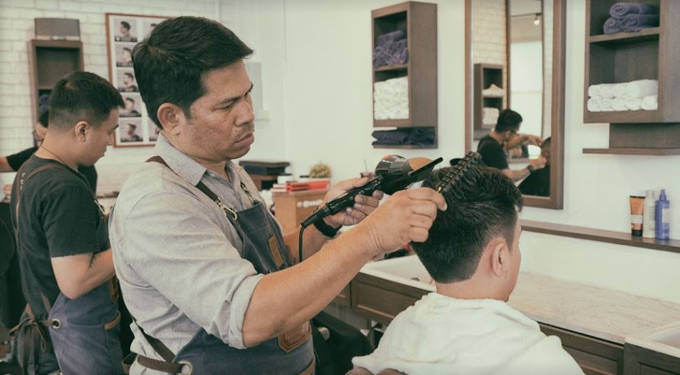 The Barber & Shop Warate's