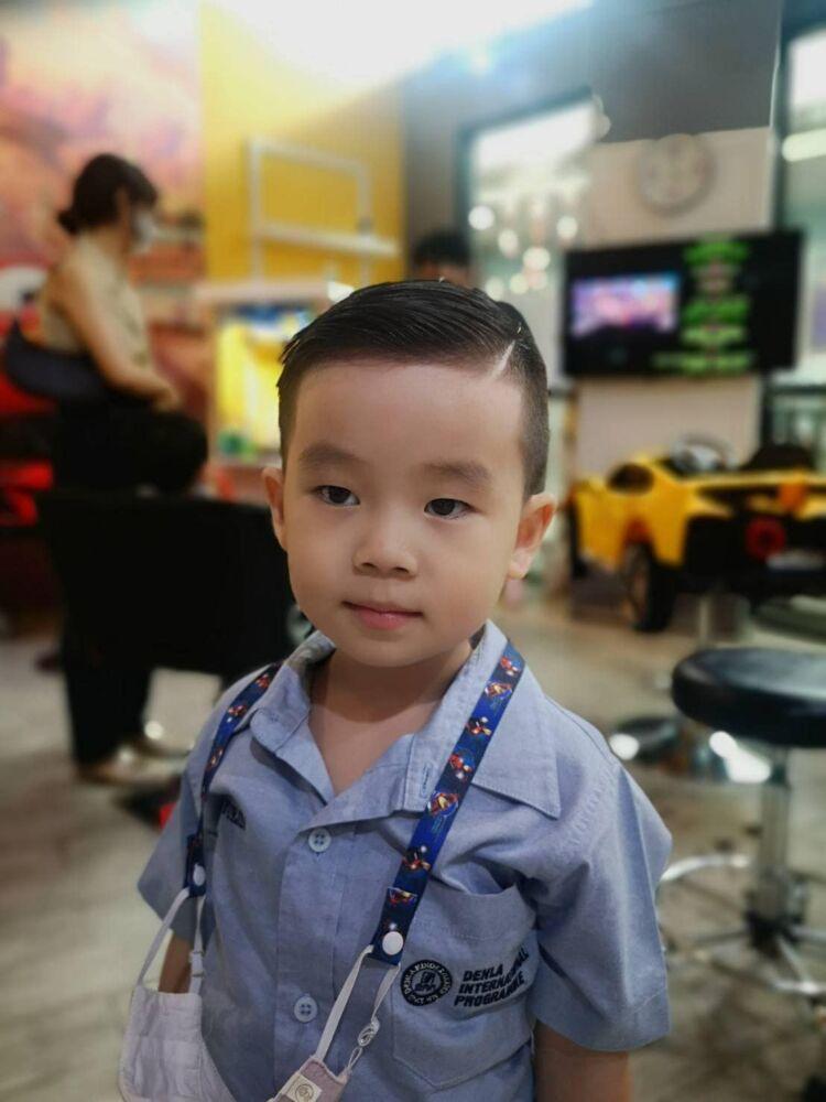 Kidssalon (The Mall Bang khae)